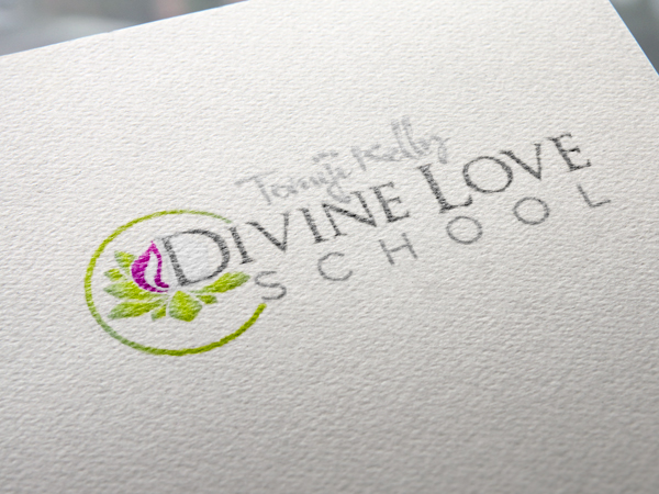 Logo Divine Love School